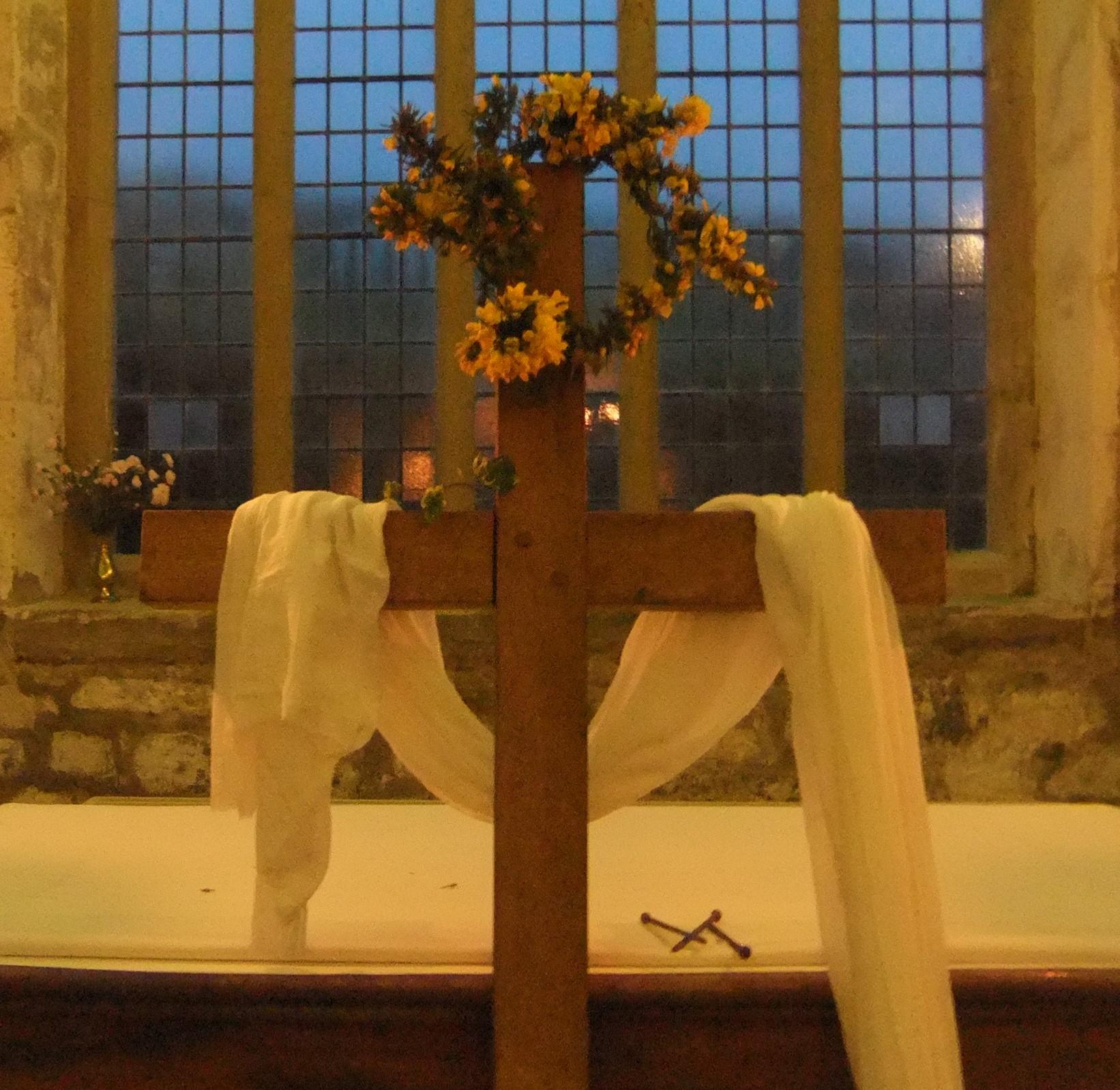 uninhabited cross (2)